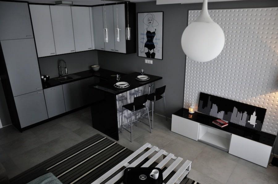 Nowoczesna biało czarna kuchnia w minimalistycznym stylu -> Kuchnia Czarna Na Wysoki Polysk