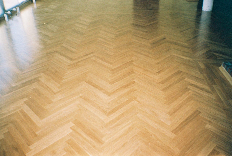 Podłogi (drewniane) olejowane czy lakierowane