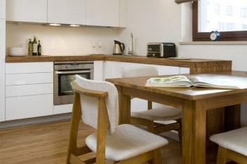 Drewniany blat w kuchni