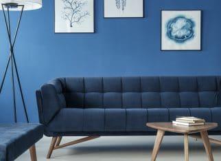 salon-z-niebieska-sciana
