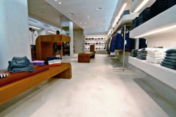 Podłoga imitująca beton