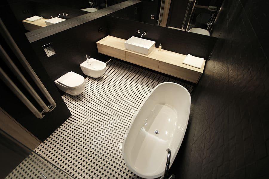 Mała, czarno-biała łazienka - jak ją zaaranżować? - Dekorady.pl