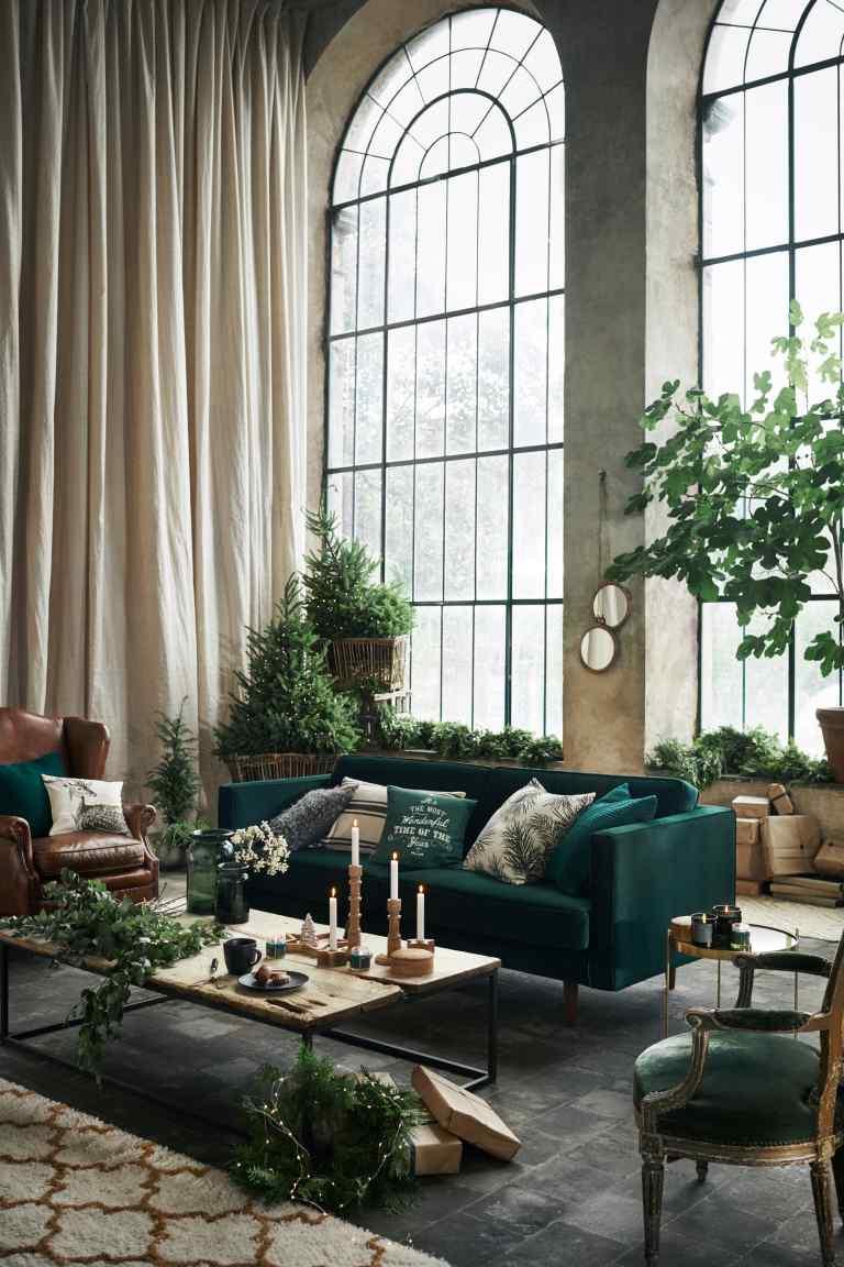 butelkowa ziele bordo i z oto modne kolory wi tecznych dekoracji deko. Black Bedroom Furniture Sets. Home Design Ideas