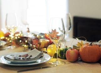 stol-dekoracja-na-jesien