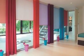 Kolorowe elektryczne rolety materiałowe
