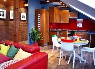 Kolorowe mieszkanie na poddaszu