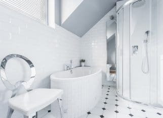 White bathroom design idea