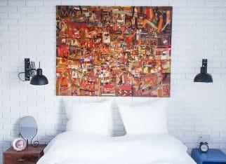 Obrazy do salonu: abstrakcja we wnętrzu