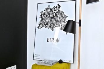 Jak zaakcentować plakat we wnętrzu?