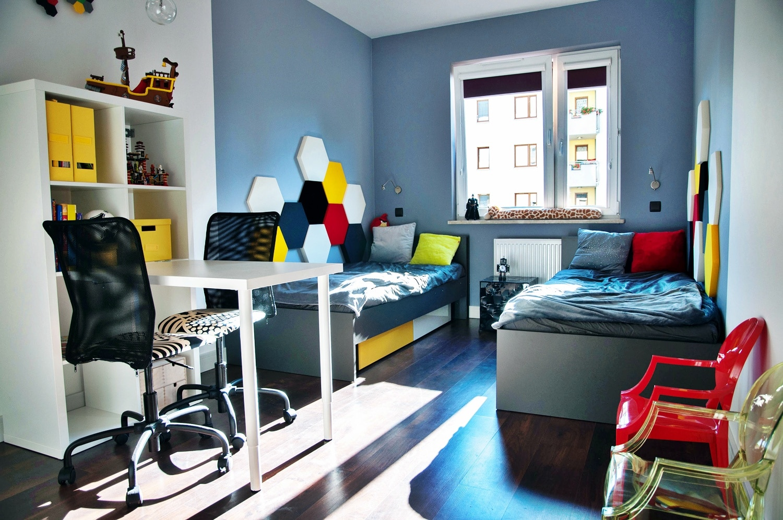 jak urz dzi pok j dla ch opc w na co zwr ci uwag. Black Bedroom Furniture Sets. Home Design Ideas