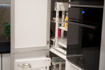 Praktyczne rozwiązania do małej kuchni