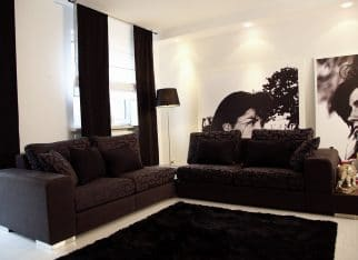 Salon w bieli i czerni