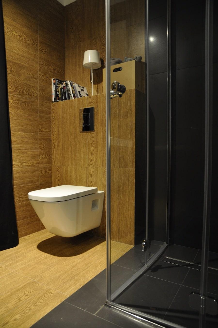 Ceramiczne Płytki Imitujące Drewno Idealne Do łazienki