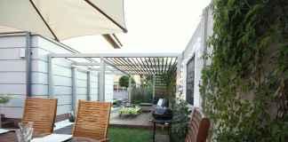 Szukasz mebli ogrodowych? Sprawdź, gdzie można kupić solidne leżaki do ogrodu.