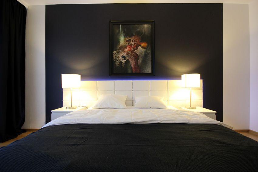 Miękki, tapicerowany zagłówek będzie idealny do każdego łóżka. Pokazujemy, jak zrobić zagłówek.