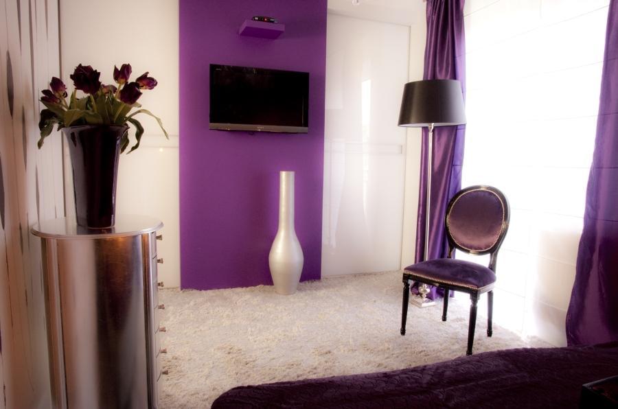 Czym charakteryzuje się styl glaour w sypialni? Sprawdź!