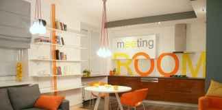 Zastanawiasz się nad odważnymi koloramiw twoim wnętrzu? Zobacz jak prezentuje się pomarańcz i żółć w kuchni.