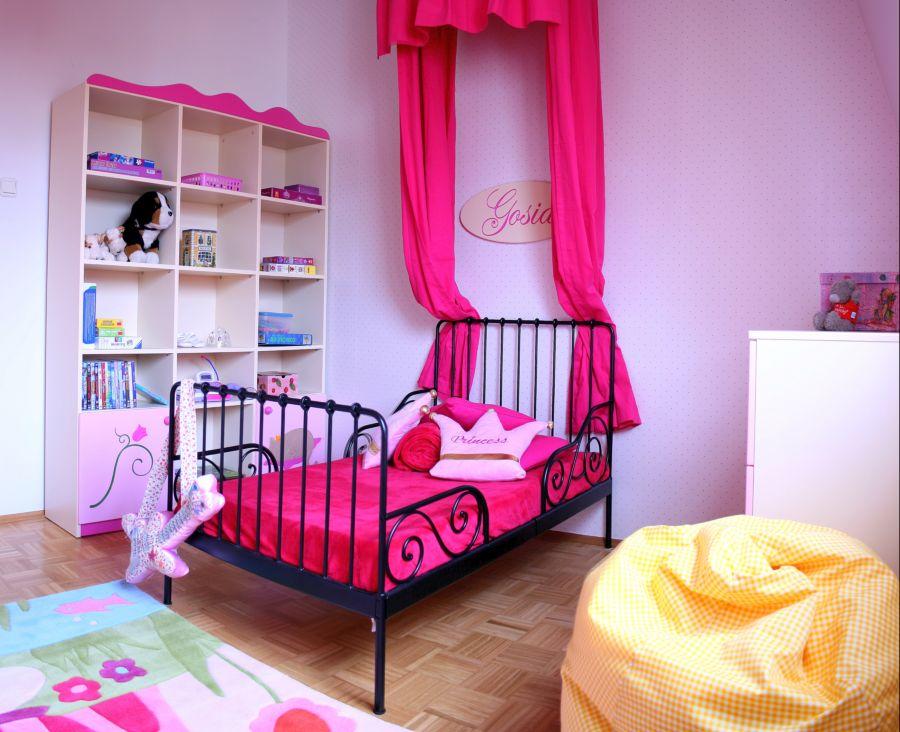 Pokój dla małej dziewczynki to wyzwanie dla rodziców. Jaki kolor do pokoju wybrać?