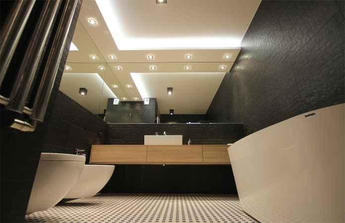 Urządzasz swoją łazienkę? Zobacz, jak wybrać ceramikę.