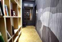 Zasatanawiasz się, czy bibblioteczka w korytarzu to dobry pomysł? Oczywiście, że tak! Zobacz naszą aranżację.
