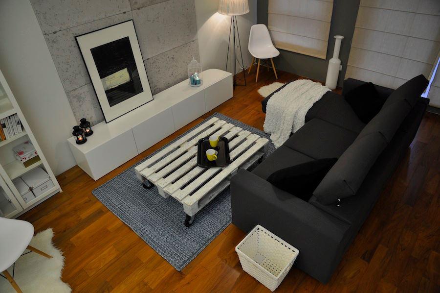 Jak urządzić salon z aneksem w stylu eklektycznym? Zobacz nasz pomysł na aranżację wnętrza.