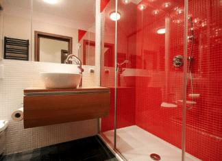 Jak zaplanować łazienkę, w które będzie prysznic bez brodzika.