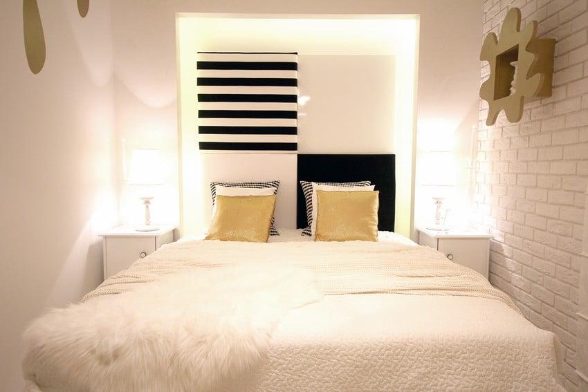 Biala sypialnia z odrobiną złota to doskonała propozycja dla odważnych. Zobacz więcej zdjęć.
