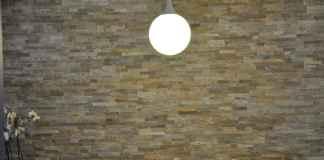 Szukasz pomysłu na przestrzeń nad blatem. Oto pomysł na kamień w kuchni.