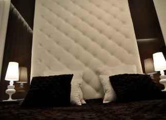 Podoba ci się brąz w sypialni? Zobacz, jak zaaranżować przestrzeń z brązem w roli głównej.