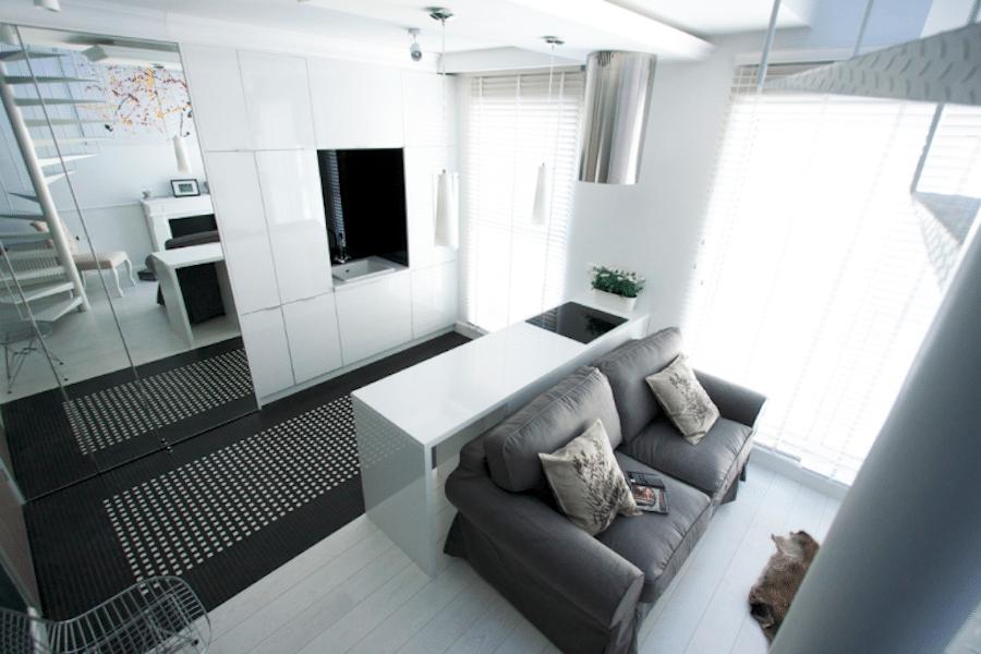 Małe mieszkanie wymaga dużo pracy. Warto jednak dobrze zaplanować małą kuchnię, by była funkcjonalna.