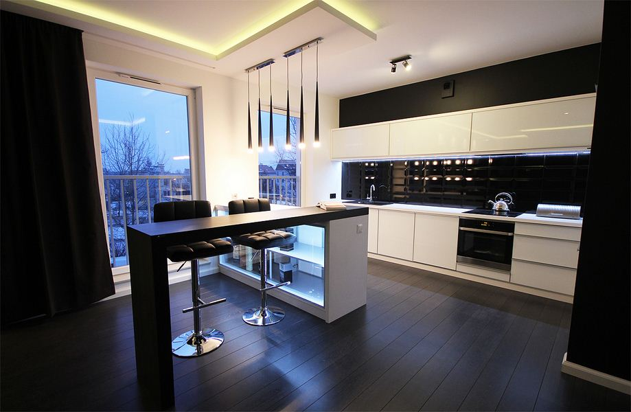 Nowoczesna biało czarna kuchnia w minimalistycznym stylu -> Kuchnie Na Poddaszu Aranzacje