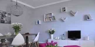 Zobacz 20 pomysłów na to, jak udekorować ścianę w salonie!