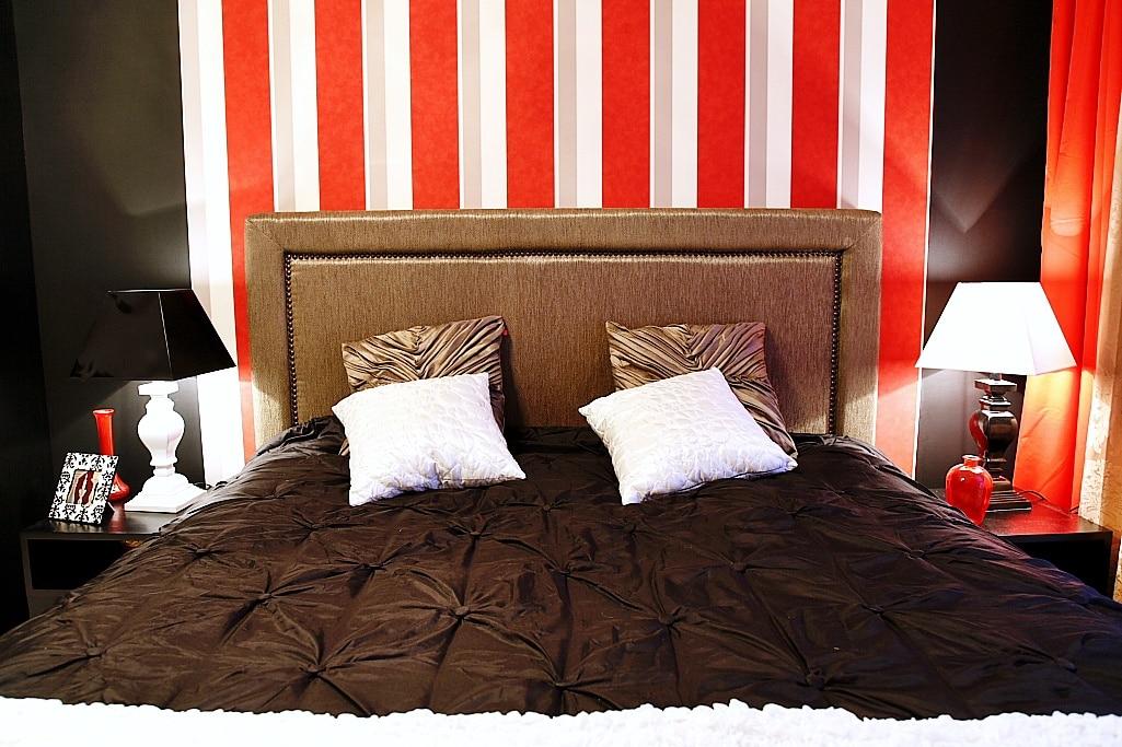 Nowoczesne lampki nocne do sypialni - zobacz jak dopasowac lampę do stylu wnętrza.