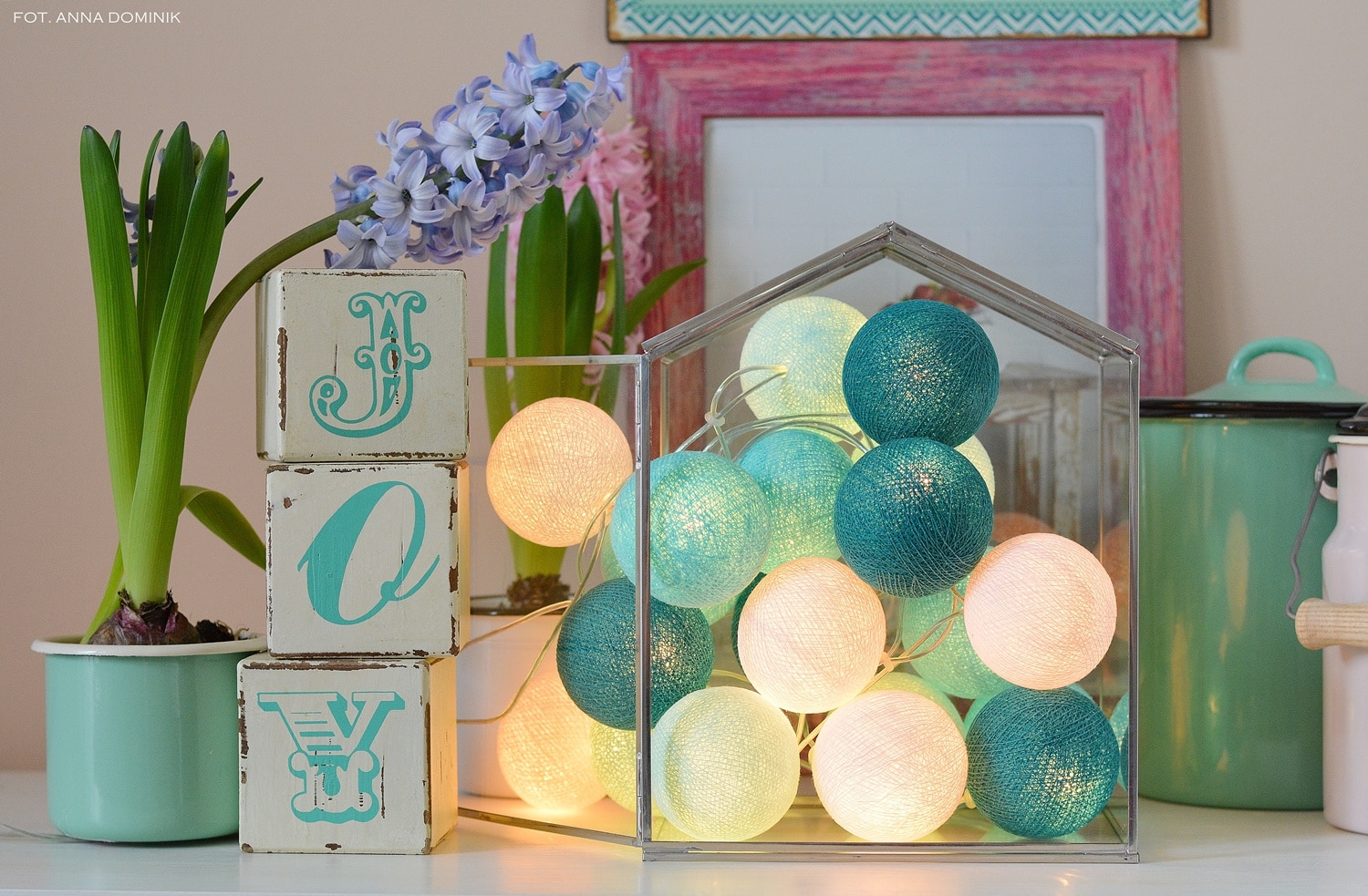 Girlandy Cotton Ball Lights