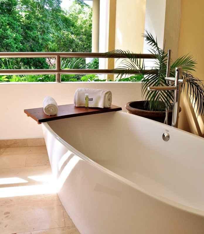Ppodpba ci się orientalna łazienka? Zobacz jak urządzic to wnętrze w stylu gorącej egzotyki.