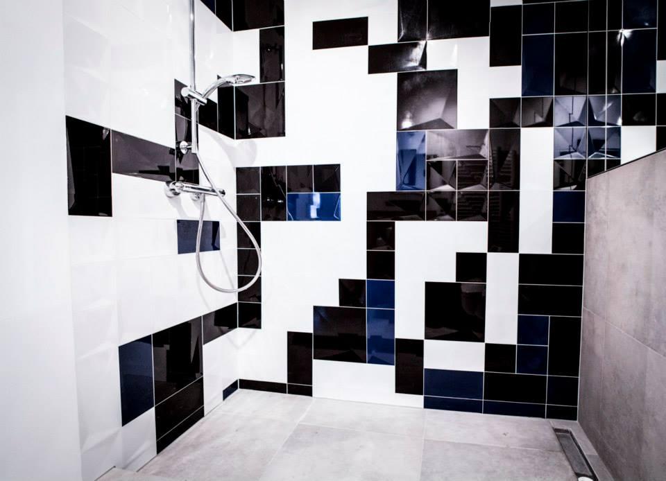 Mozaika w małej łazience - oto nasz przepis na płytki w niewielkim wnętrzu.
