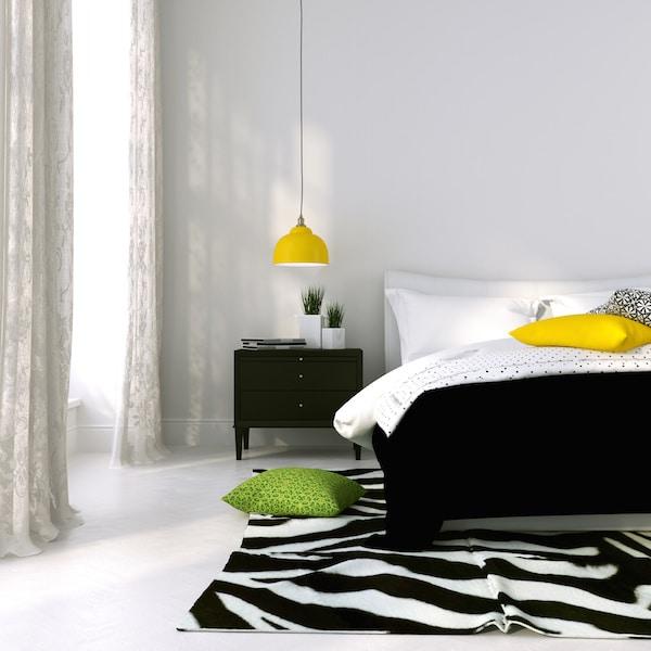 Zobacz, jak urządzić sypialnię funkcjonalną i nowoczesną. oto nasz przepis na to wnętrze.