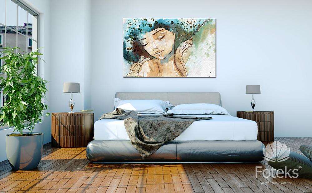 Orazy we wnętrzu sypialni nadadzą jej niepowtarzalnego klimatu. W salonie będa kropką nad