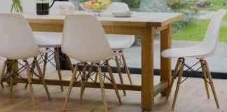 Drewno na podłodze stworzy we wnętrzu niepowtarzalny klimat. Zobacz, gdzie kupić deski podłogowe.