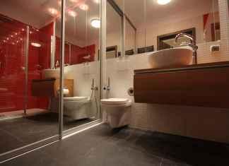 Płytki łazienkowe powinny być nie tylko ładne ale też trwałe. Zobacz, jak je wybrać.