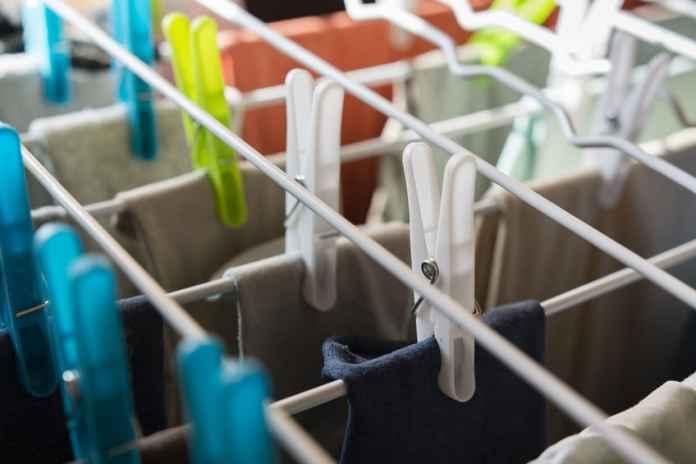 praktyczne-funkcje-sufitowej-suszarki-na-pranie1