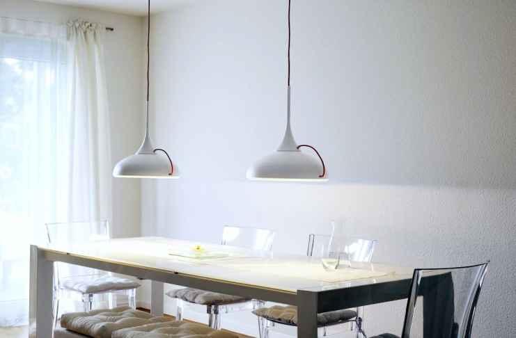 Podobają ci się te lampy nad stołem? Sprawdź koniecznie, gdzie je kupić.