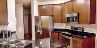 Granitowe blaty, parapety czy schody? Sprawdź, jak wykorzystać granit w domu.