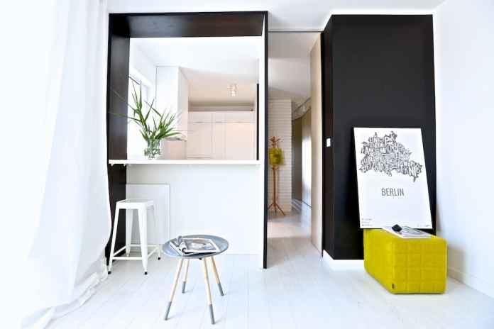 Podoba ci się ten salon? Zobacz, jak urządzić monochromatyczne wnętrze z kroplą koloru.