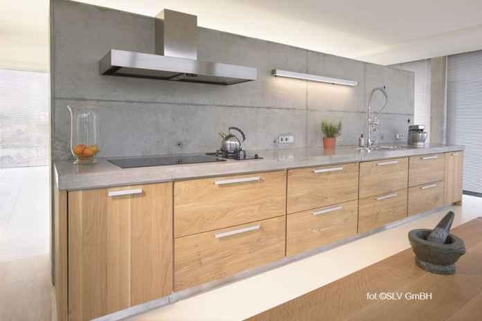 Szukasz dodatkowcyh lamp do kuchni? Zobacz, gdzie kupić dodatkowe oświetlenie.