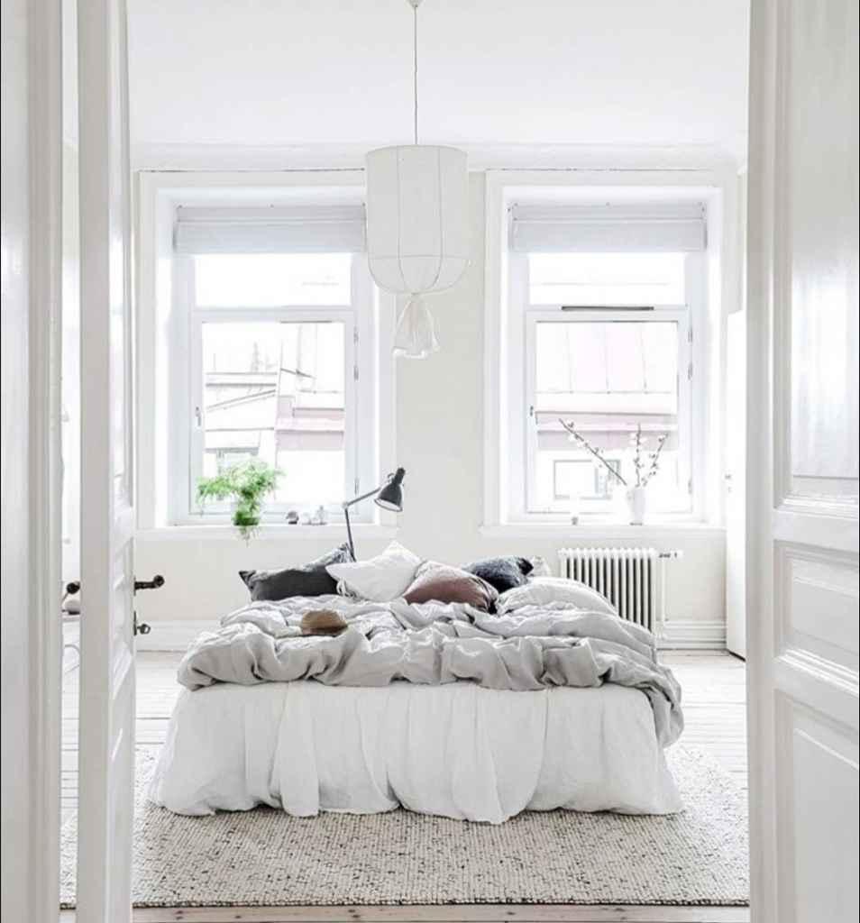 Jak dobrać oświetlenie w stylu skandynawskim do sypialni?