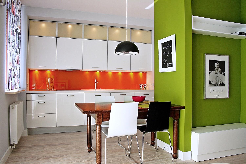 Szkło Na ścianie W Kuchni Jak Zaaranżować Przestrzeń Nad