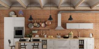 Kuchnie rustykalne - cegła, drewno