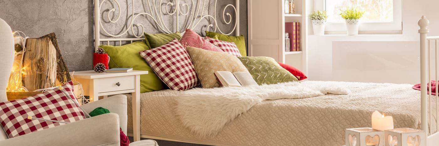 Poduszki dekoracyjne do sypialni