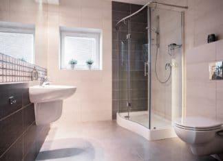 Jak zapobiec przeciekaniu kabiny prysznicowej?